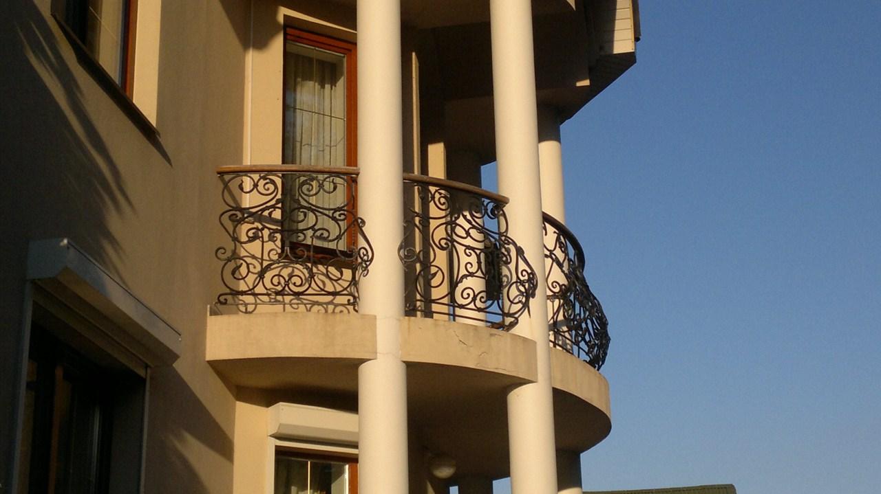 Перила на балкон.