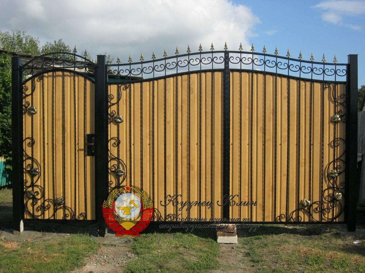 Кованые калитки и ворота
